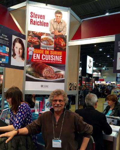 Steven Raichlen with Guide de survie en cuisine poster