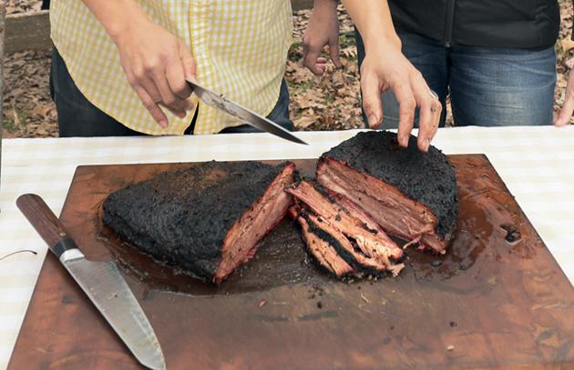 Farmhouse BBQ - Slicing Brisket