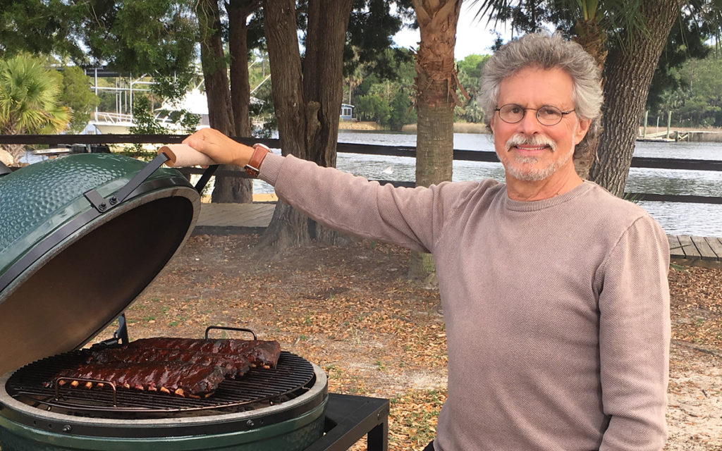 10 Tips For Using A Big Green Egg Barbecuebible Com